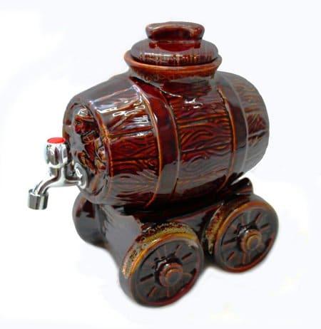 Керамичен сервиз за вино във формата на Бъчвичка