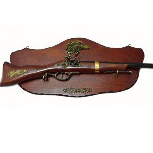 Макет на пушка с пано за стена