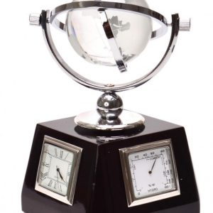 Часовник за бюро с термометър, влагомер и малък глобус